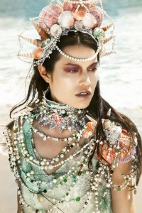 mermaid-headdress-20150222172926-54ea11f6381c4